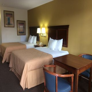 Double Bed at Sylvania Hotel